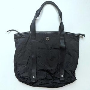 Lululemon Summer Lovin' Tote Black